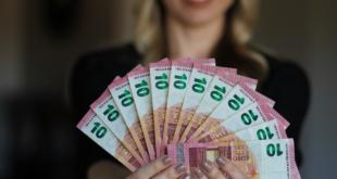Geld leihen 310x165 - Deutsche leihen sich 43 % mehr Geld